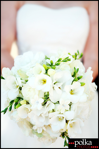 wedding photographer bride flowers Padua Hills Theatre Claremont California
